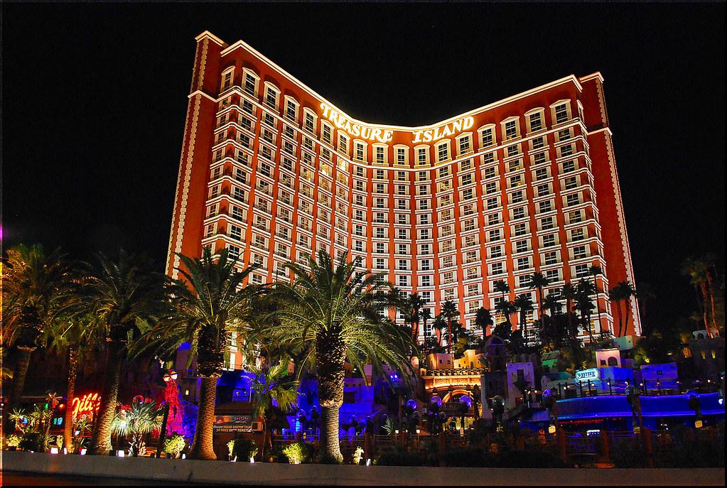 Treasure Island Las Vegas Nv Suites