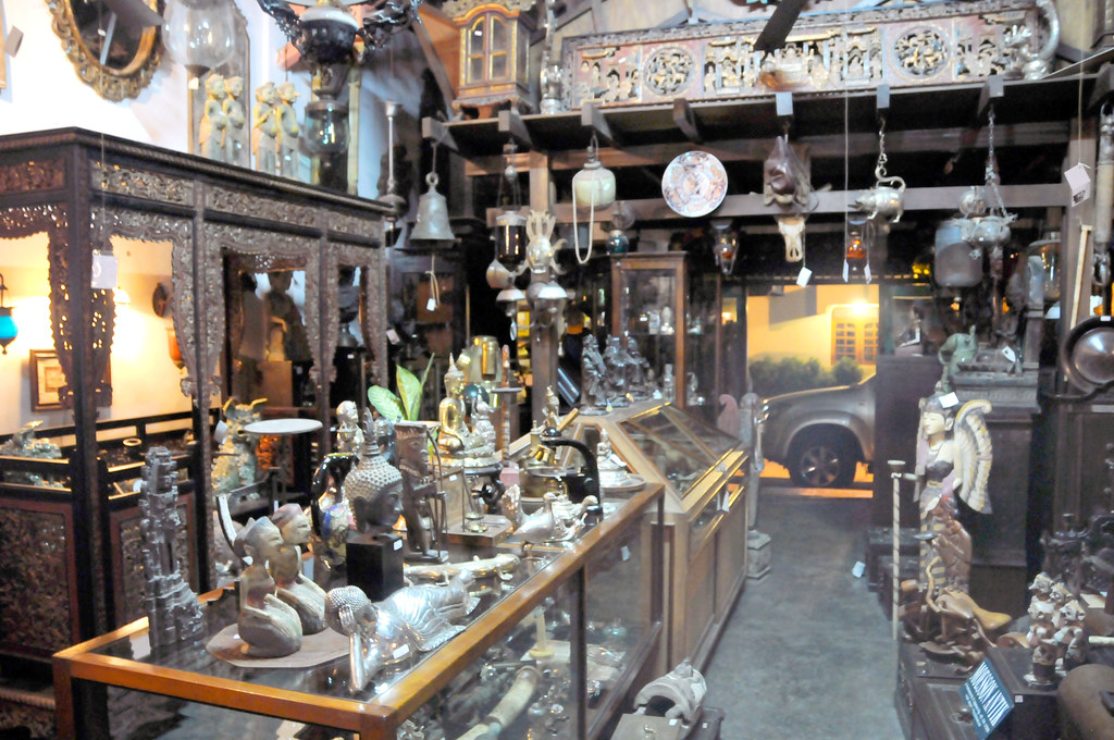 Antiques In Java Antique Shop In Java Yogjakarta
