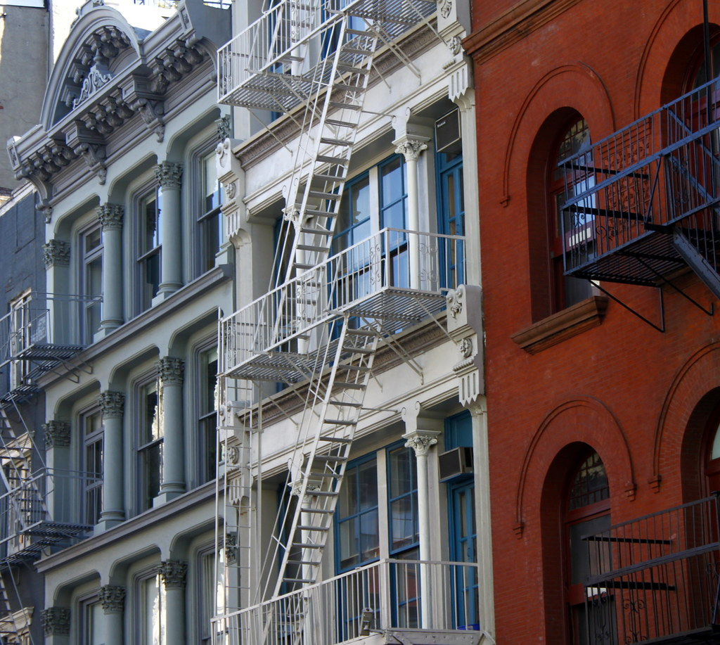 Nyc Apartment Complexes: Red, White & Blue: Apartment Buildings, SoHo, NYC