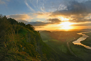 Dawn, Kinnoull Hill Overlooking the Tay | by the yes man