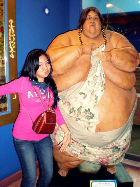 Hombre gordo con chica pequenha - 5 9