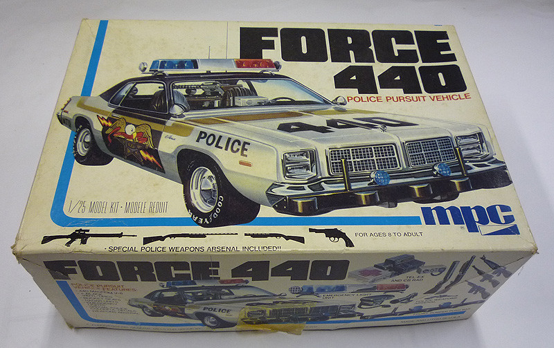 1:25 MPC Force 440 Dodge Monaco | I built the AMT 4dr some y… | Flickr