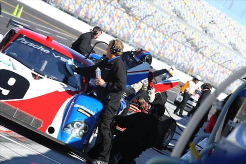 Crews practice pit stops and driver changes | by IndyCar Series