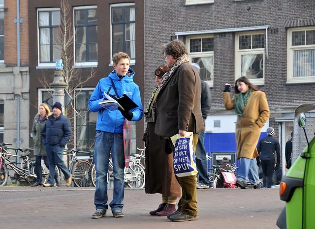 'Krantenverkoper' Haarlemmerstraat Amsterdam