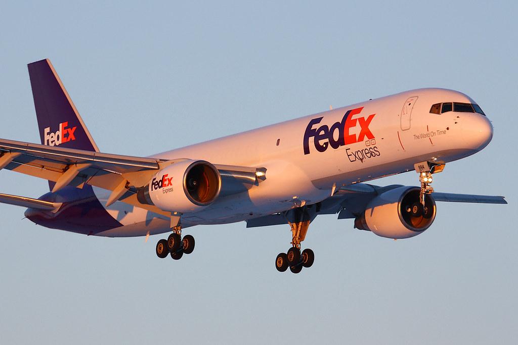 fedex 757 200sf n994fd wichita mid continent airport