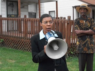 Attorney Vanessa Fluker addressing a meeting held outside the home of a client on July 22, 2010. A senior citizen couple were threatened with illegal eviction. (Photo: Abayomi Azikiwe) | by Pan-African News Wire File Photos