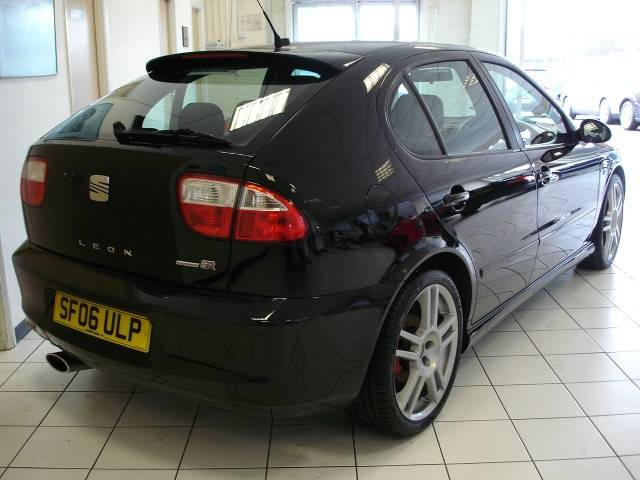 2006 06 reg black seat leon cupra r 225 very rare 39 06 39 reg flickr. Black Bedroom Furniture Sets. Home Design Ideas