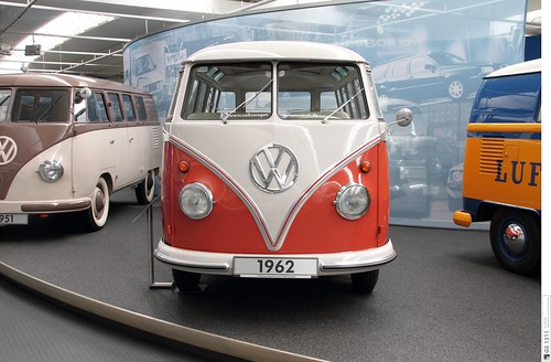 1960 Volkswagen T1 Samba Bus 03 The First Generation