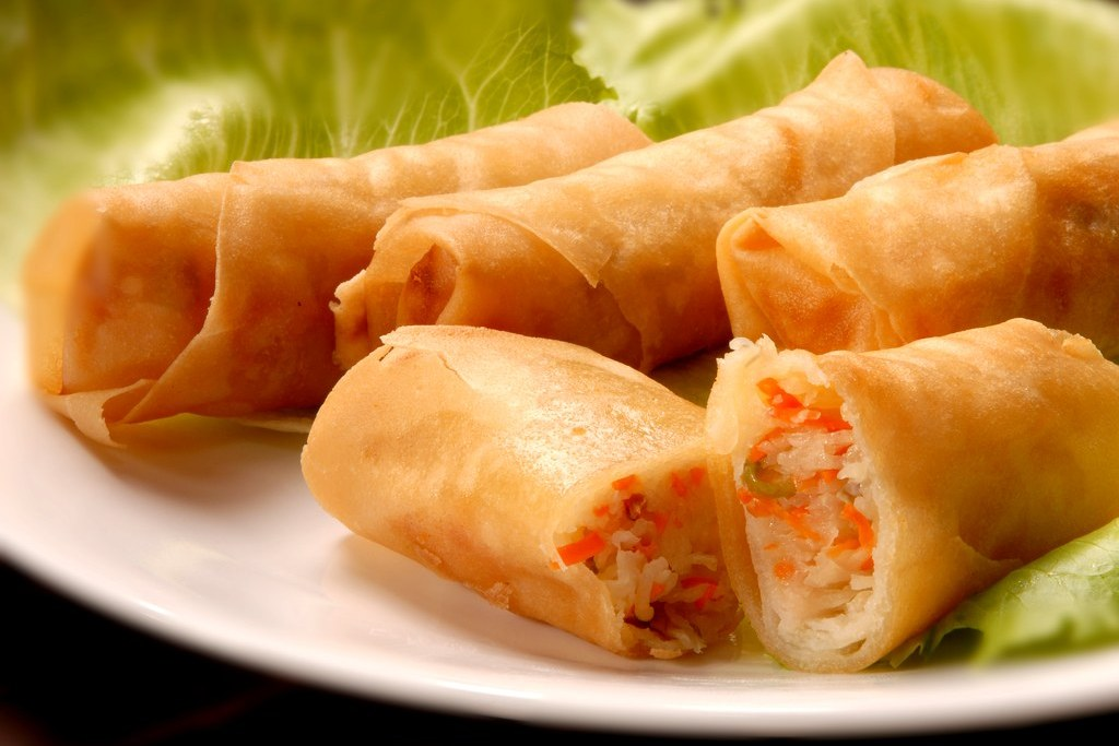 Fried Popia (Deep Fried Spring Rolls) | Popia Goreng | Malaysia Truly ...