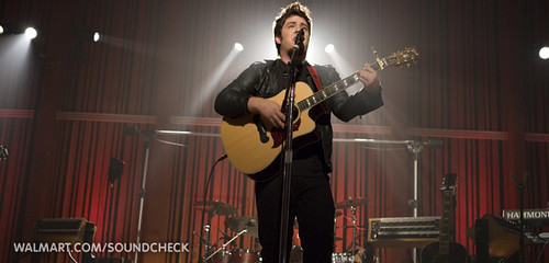 Lee DeWyze on Walmart Soundcheck | by Lunchbox LP