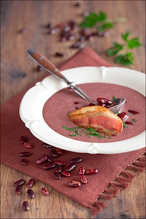Bean and bacon soup | by laperla2009