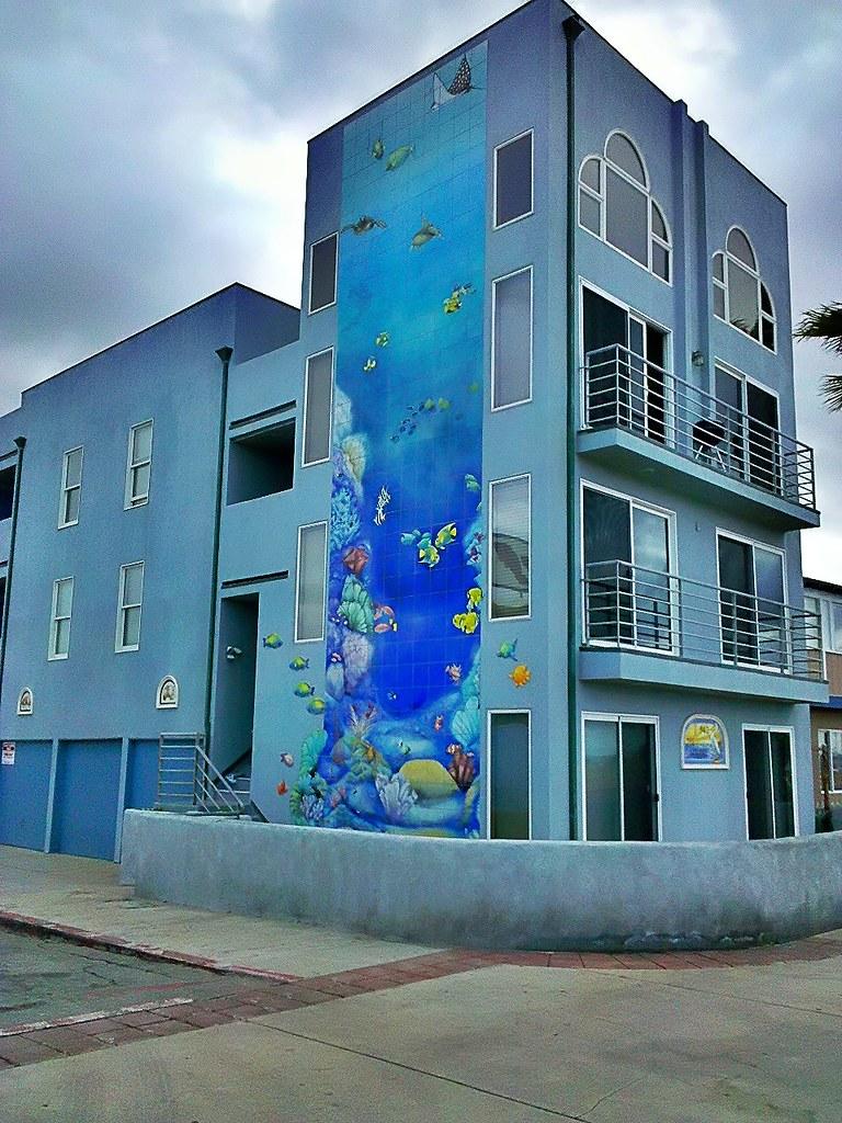 Underwater Mural on Se...