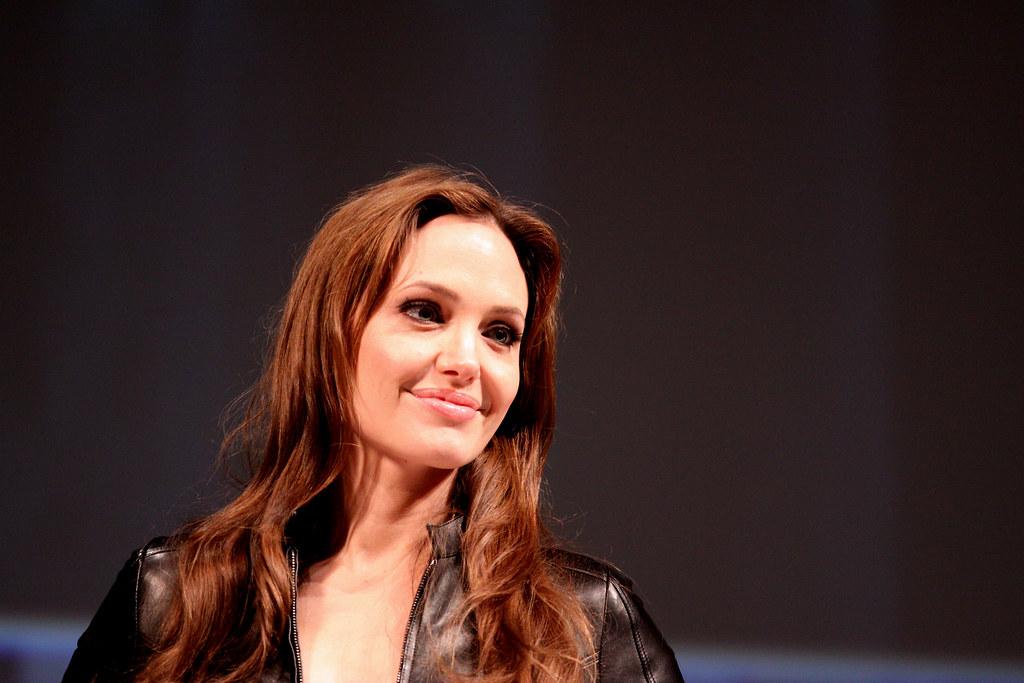 [Mariana Flores Melo]: Angelina Jolie