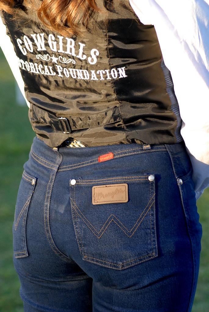 Womens White Wrangler Jeans