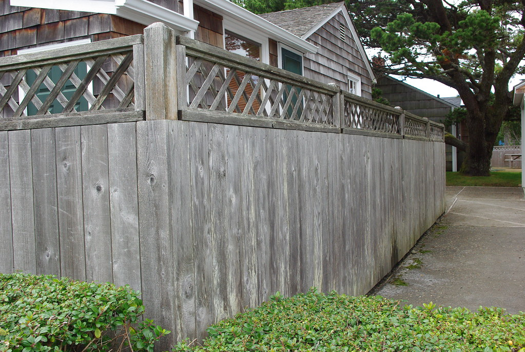 Weathered Redwood Fence Cedar Fence Replacement Flickr