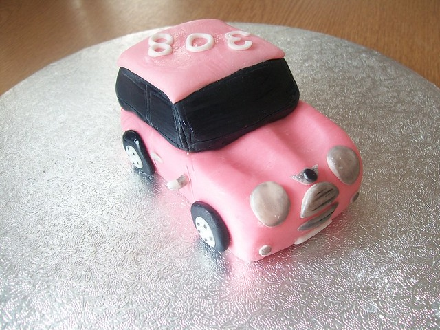 mini car wedding cake topper fondant mini cooper car cake topper cakeebakey flickr 17391