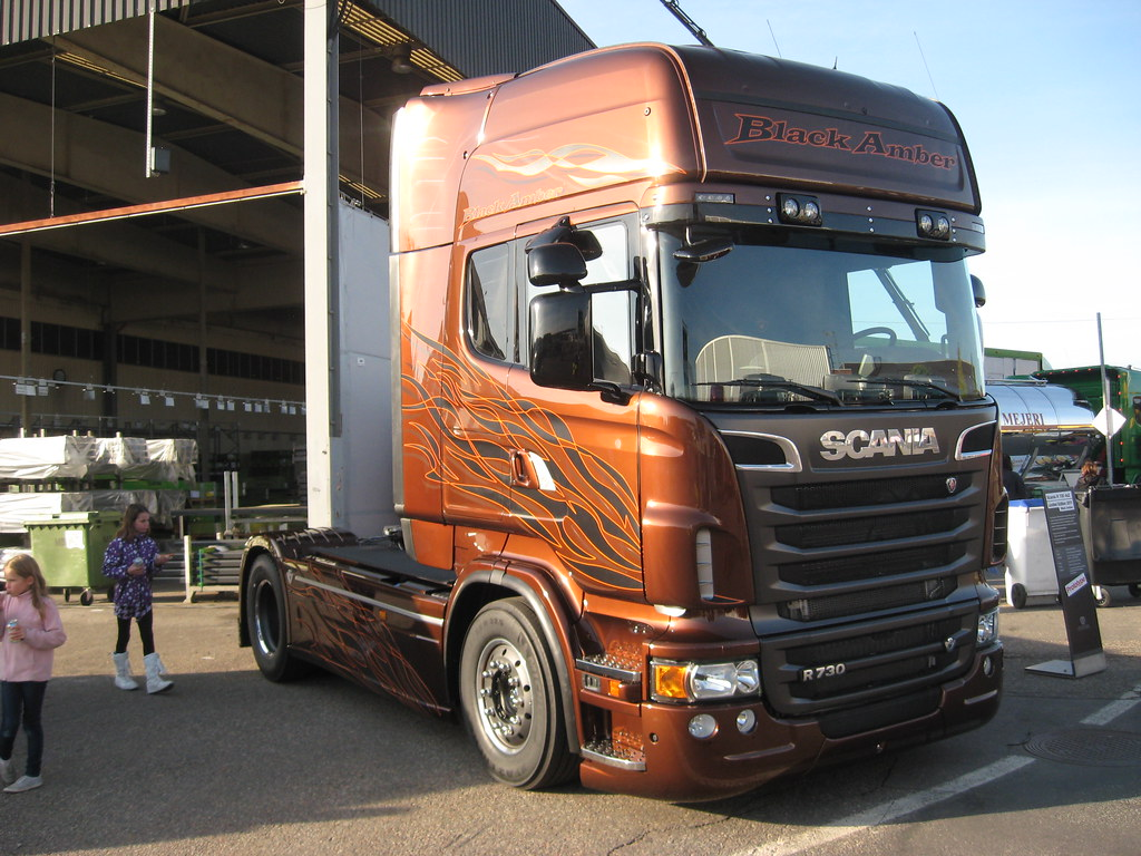 Scania R 730 4x2 Limited Edition 2011 Black Amber Only