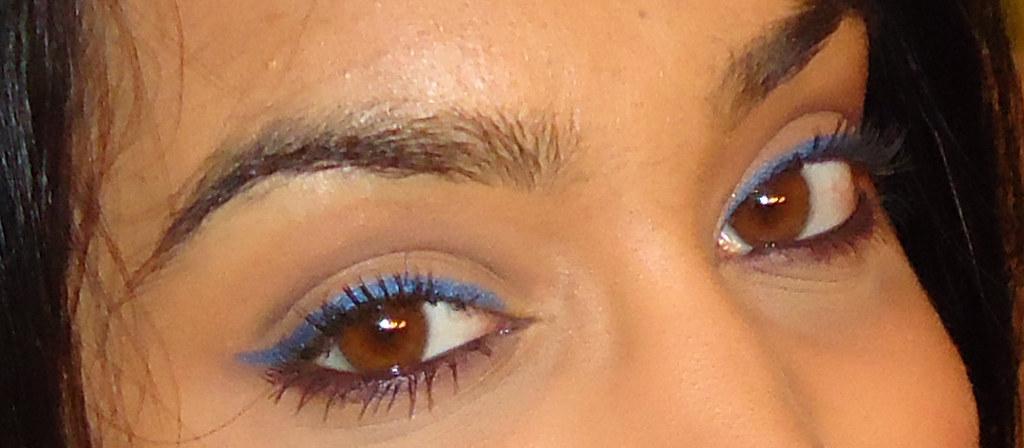 how to make my dark brown eyes pop
