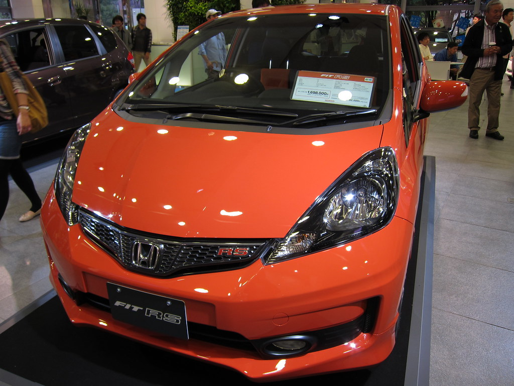 Honda fit rs in sunset orange 2 osamu ito flickr for Orange honda fit