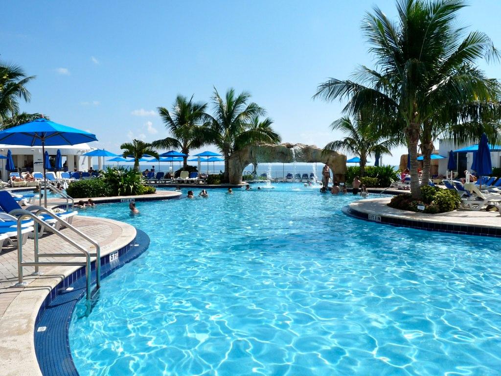 Trump International Beach Resort Swimming Pool Leigh Caldwell Flickr