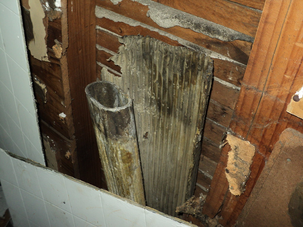 Oval Asbestos Cement Flue Pipe Amp Aircell Portion Of A An