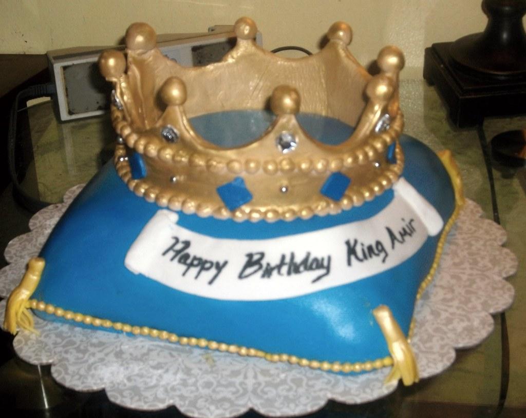 Boys Crown Birthday Cake Damon Nasir Flickr