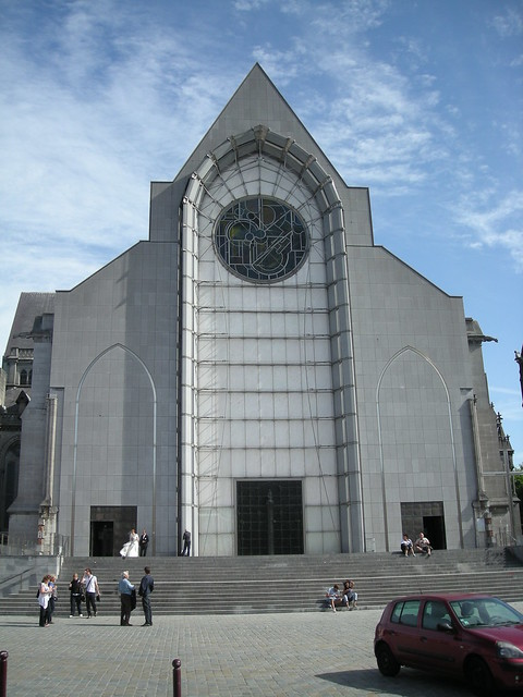 Fa ade moderne de la basilique cath drale notre dame de la flickr photo sharing - Eglise notre dame de la treille lille ...