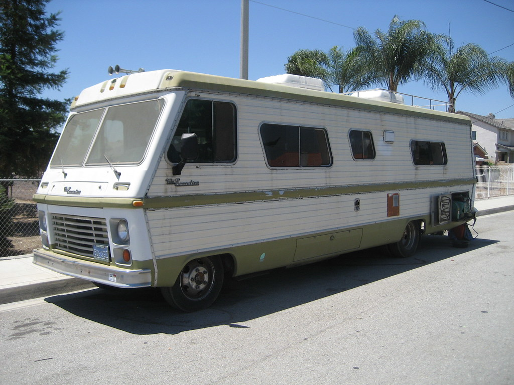 1977 Dodge Executive Rv Front Left Side With New Side