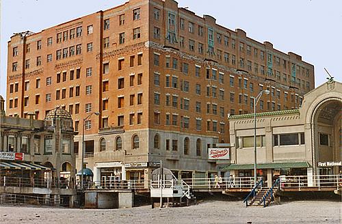 Old postcard THE MAYFLOWER HOTEL ON THE BOARDWALK