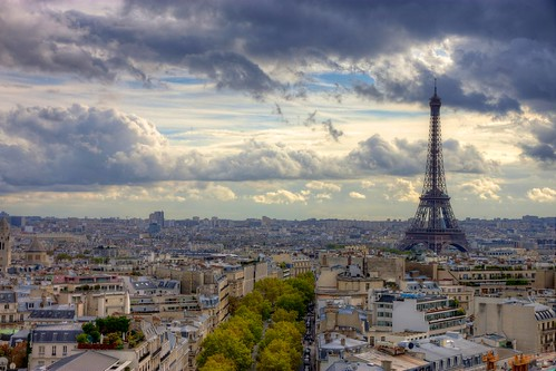 Eiffel Tower from Arc de Triomphe | by jiuguangw