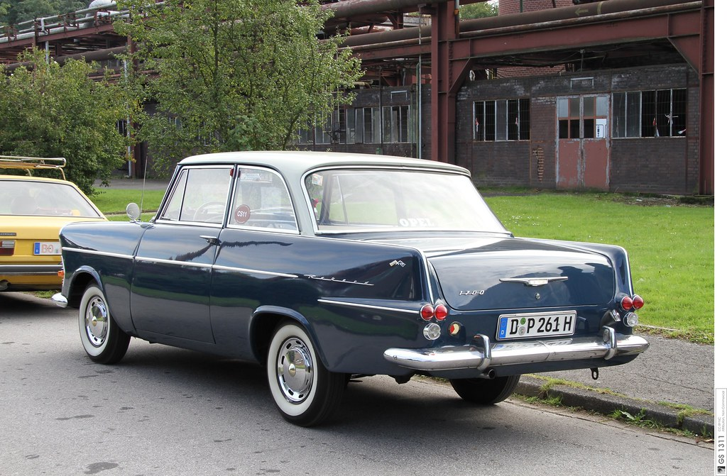 1960 Opel Rekord P2 03 The Rekord P Ii Grew In Size