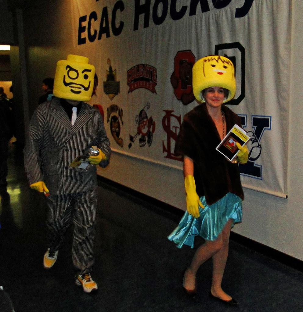 ... LEGO People Halloween Costumes at Phish 2010-10-31 Atlantic City NJ - & LEGO People Halloween Costumes at Phish 2010-10-31 Atlantiu2026 | Flickr