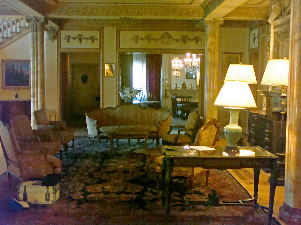 04m 8 Chester Pl Doheny Mansion Hcm 30 Great Room E