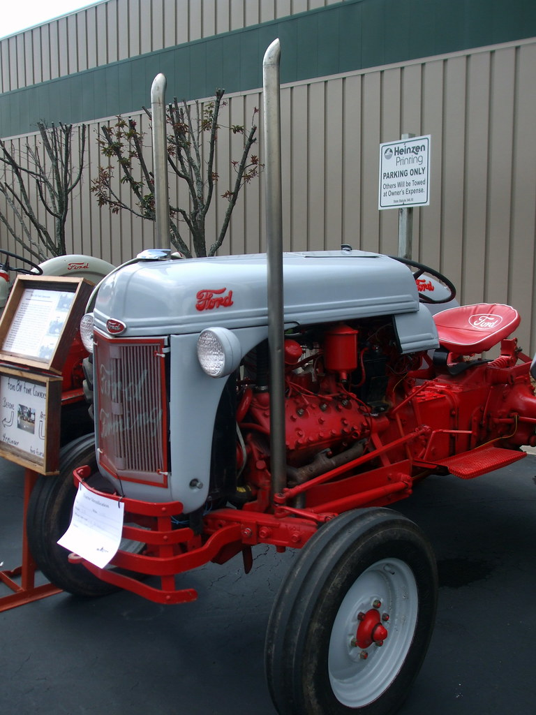 Ford 8n Tractor Mark Flickr By Dccradio