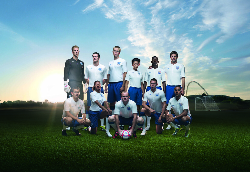 The new fabric of england wearing the new england home for New england kit homes
