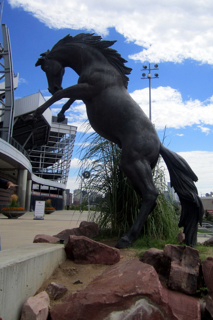 Denver - Sun Valley: Invesco Field at Mile High - The Bron ...