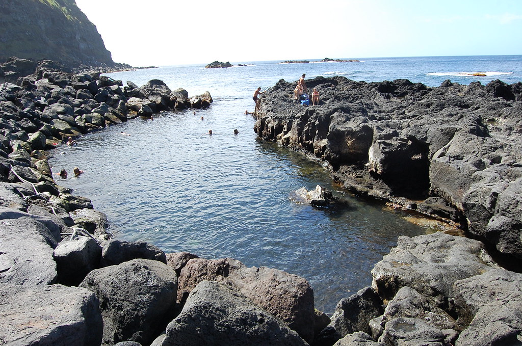 Natural pool at Ferraria.