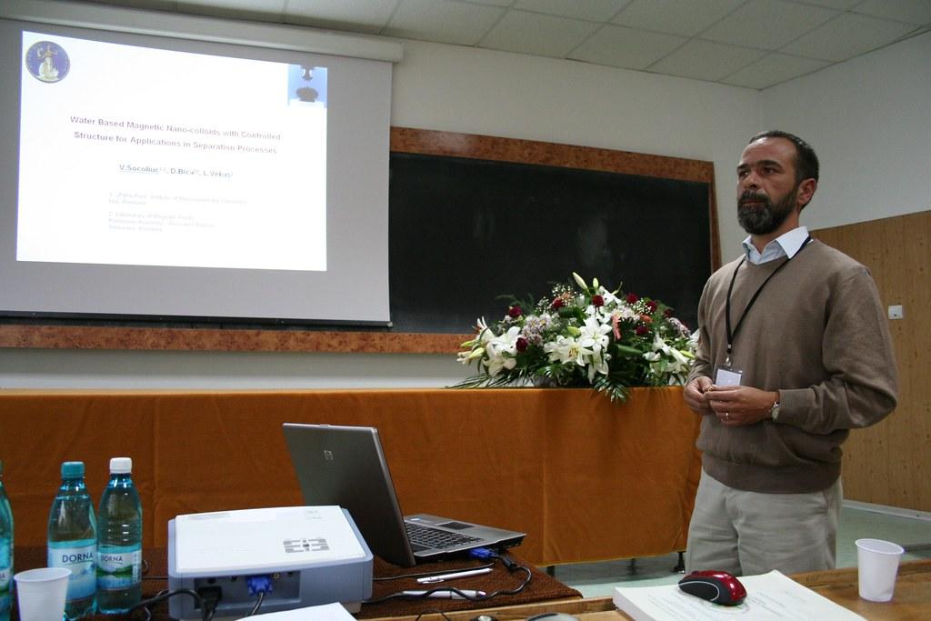 Vlad Socoliuc, D.Bica, L.Vekas - Water based magnetic nano… | Flickr