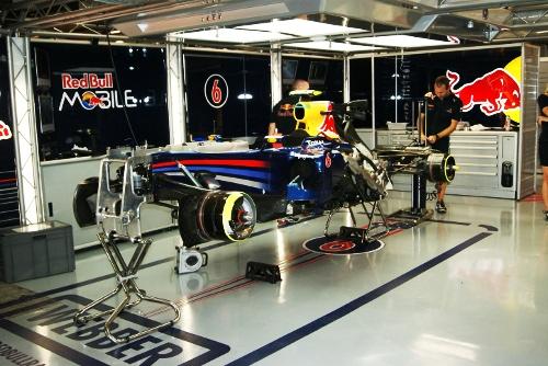Red Bull Singapore F1 Pit Garage Iz Flickr