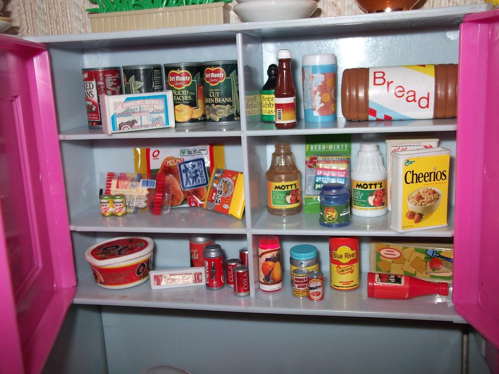 Inside Kitchen Cabinets Barbie Food Re Ment Kitchen Little Flickr