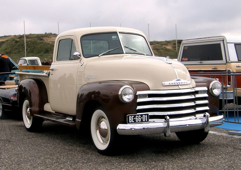 1951 chevrolet pick up chevrolet 1951 pick up motor 6 cil flickr. Black Bedroom Furniture Sets. Home Design Ideas
