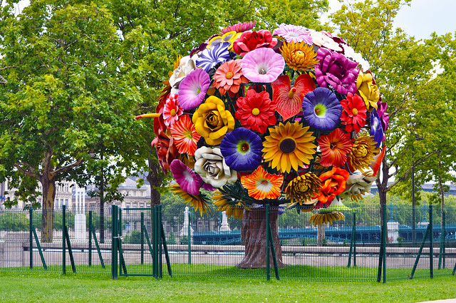 The flower tree by choi jeong hwa flickr photo sharing - Enorme bouquet de fleurs ...