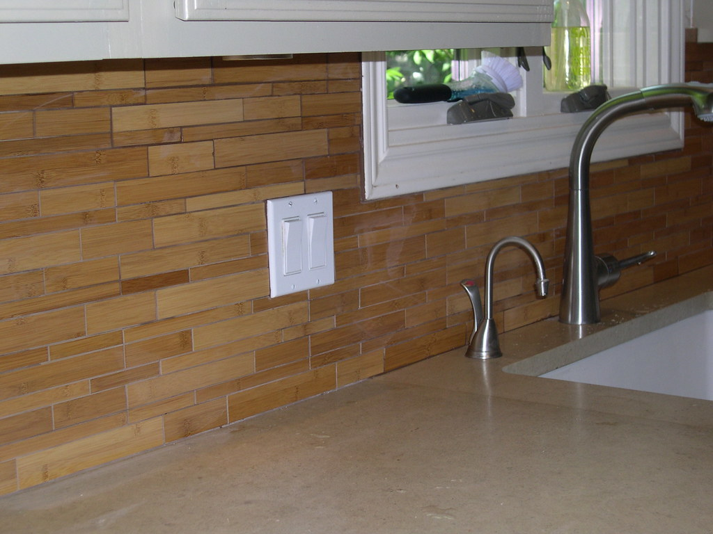 Bamboo backsplash walker zanger bamboo rebecca caisse Bamboo backsplash