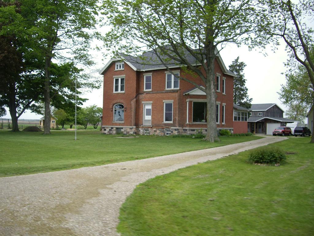 141 batavia brick farmhouse an impressive specimen for Farmhouse brick