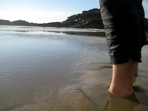 Sandy feet | by Phil Hawksworth