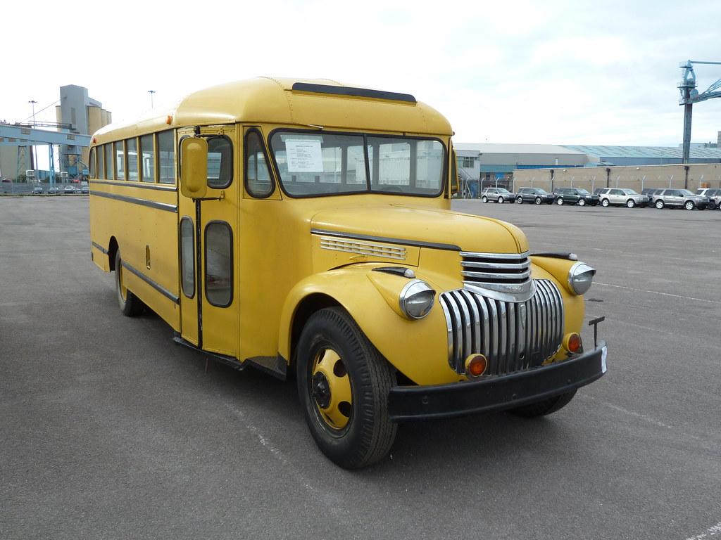 506 Yug Quot Too Cool For School Quot 1942 Chevy School Bus