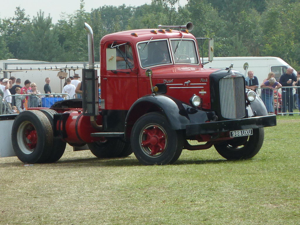 1950 To 1965 Mack Trucks : Uxu mack truck cummins diesel powered flickr