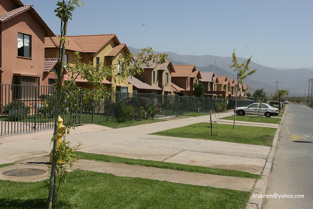 Tract homes in santiago chile flickr photo sharing for Tract home builders