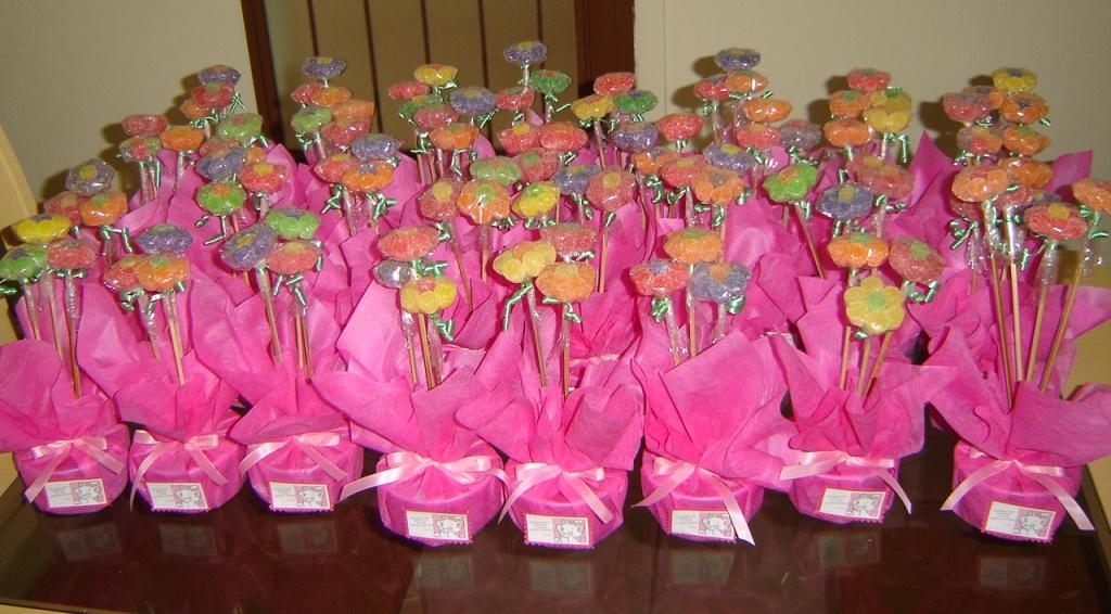 Muitas vezes enfeites de mesa de jujuba | Enfeites de mesa com flores de … | Flickr SB63