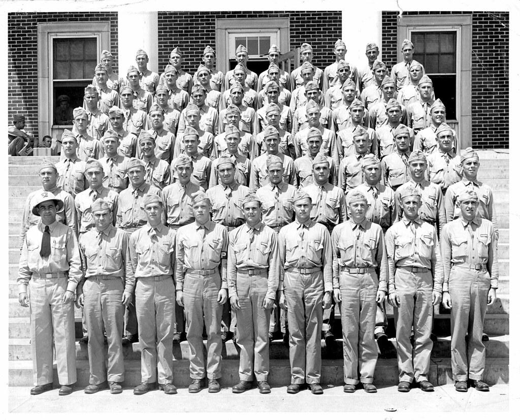 1943 Us Navy Pre Flight School Athens Ga Dad Fourth Row Flickr